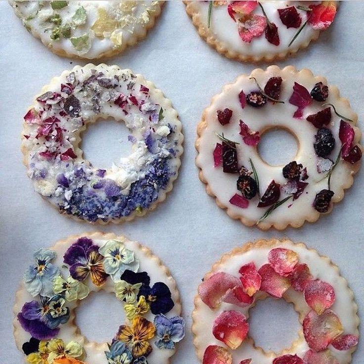 Сублимированные цветы для десертов
