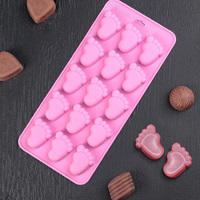 Форма для льда и шоколада Доляна «Следы», 22×10×1,8 см, 15 ячеек, цвет МИКС