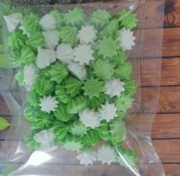 сахарные фигурки мини-безе бело-зеленые (размер 1см)