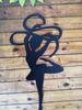 Гимнастка с лентой черная
