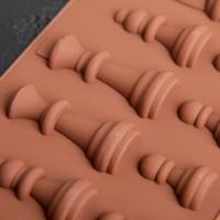 Форма для шоколада  «Шахматы», 20,6×8,8 см, 16 ячеек, цвет шоколадный