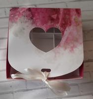 """Коробка для 9 конфет с разделителями """"Цветок бордовый"""" с лентой, 11*11*5 см"""