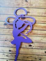 Гимнастка с лентой фиолетовая